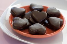 Heart-shaped Peppermint Patties, great with coffee at the end of the wedding breakfast (if you can fit anything else in! Candy Recipes, Holiday Recipes, Cookie Recipes, Dessert Recipes, Valentine Recipes, Holiday Crafts, Yummy Treats, Delicious Desserts, Sweet Treats