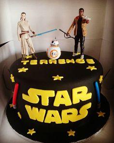 Star Wars Cake #starwars #lightsaber #theforceawakens #rey #bb8 #finn #vanillacake #vanilla #birthday #cake #baking #desserts #decorations #icing #frosting #sugar #fondant #food #montreal #finessecatering #finesse #catering #creativefood #foodporn #foodposts #wiltoncakes #kitchenaid #vscofood #cakestagram #instafood
