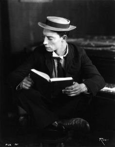 bustrkeatn: 87/100 photos of Buster Keaton.