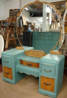 Beautiful Vintage Reclaimed Robin Egg Blue Painted Hollywood Art Deco Retro Vanity Dresser Cabinet not sure of the color but pretty Art Deco Furniture, Upcycled Furniture, Furniture Projects, Furniture Makeover, Antique Furniture, Painted Furniture, Diy Furniture, Furniture Design, Makeup Furniture