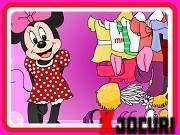 Slot Online, Mickey Mouse, Family Guy, Usa, Comics, Fictional Characters, Cartoons, Fantasy Characters, Comic