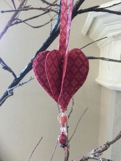 https://createwhimsy.com/story/VylcZwOXwG/diy-dozen---valentine's-day-decorations?utm_content=bufferb9d90&utm_medium=social&utm_source=www.pinterest.com/&utm_campaign=buffer