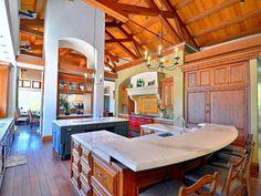 Amazing and Unique Kitchen Space