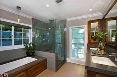 Flipping Out's Jeff Lewis - Spring Oak House Beautiful bathroom!