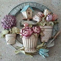 Pasta Flexible, Pallets, Garland, Decoupage, Floral Wreath, Craft Ideas, Wreaths, Flowers, Crafts