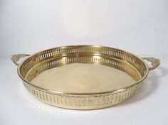 Vintage Brass Tray Mid Century Round Brass by MonochromeVintage Menlo Park, Vintage Bar, Table Centerpieces, Tray, Mid Century, Handmade, Stuff To Buy, Table Centers, Centerpieces