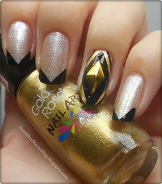 23. Silver/ Gold Nails (Manichiura cu auriu si argintiu) - Sun after Storm