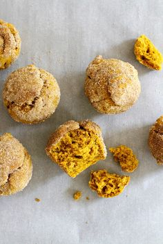 Pumpkin Chai Doughnut Muffins | girlversusdough.com @girlversusdough #baking #recipe #fall #breakfast