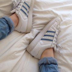 blue adidas superstars korean fashion soft grunge trainers kfashion ulzzang girl 얼짱 aesthetic occasion soft cute g e o r g i a n a : c l o t h e s Look Fashion, Korean Fashion, Nike Run, White Aesthetic, Aesthetic Beauty, Aesthetic Pics, Aesthetic Pastel, Monochrom, Favim