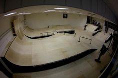 indoor skate parks - Google Search Mini Ramp, Youth Club, Youth Center, Skate Park, Bathtub, Indoor, Entertaining, Skateboarding, Interior