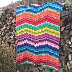 Ravelry: rainbow bargello blanket pattern by Jellina Verhoeff