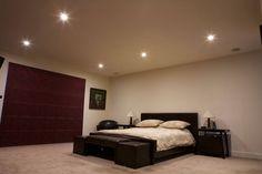 Niekoľko šikovných trikov, ako opticky zväčšiť priestor v byte - Akčné ženy Bedroom Spotlights, Square Led Ceiling Lights, Shared Bedrooms, Downlights, Smart Home, Modern Lighting, Furniture, Home Decor, Dining Room