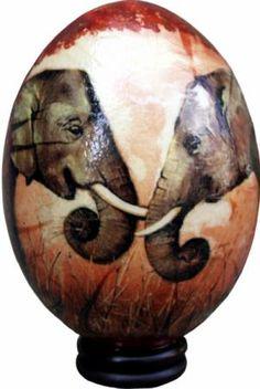 cascarón de huevo de avestruz decorado con una pareja de elefantes  cascarón de huevo de aves,papel de arroz,pinturas acrilicas decoupage