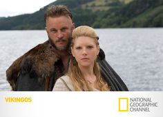 The Vikings on the History Channel Ragnar Lothbrok (Travis Fimmel) and his wife, Lagertha (Katheryn Winnick). I loved them together. Vikings Travis Fimmel, Travis Fimmel Vikingos, Ragnar Vikings, Vikings Tv Show, Vikings Tv Series, Watch Vikings, Katheryn Winnick, Ragnar Lothbrok, History Channel