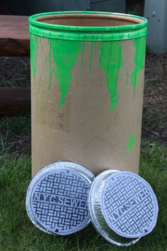 Teenage Mutant Ninja Turtle Party game: throw the sewer lid (aluminum pan) into the toxic ooze container. Ninja Turtle Party, Ninja Party, Ninja Turtle Birthday, Ninja Turtle Games, Teenage Ninja Turtles, Teenage Mutant Ninja, Turtle Birthday Parties, 4th Birthday, Birthday Ideas