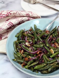 Roasted Green Beans with Pancetta, Red Onions and Garlic | Creative-Culinary.com