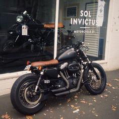Harley Davidson #brat #caferacer Cafe racer motorbike #harleydavidsonboots