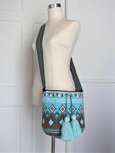 Items similar to Exceptional large size bucket single tread Wayuu mochila handmade cross body bag on Etsy Free Crochet, Knit Crochet, Mochila Crochet, Tapestry Crochet Patterns, Tapestry Bag, Crochet Projects, Hand Knitting, Crossbody Bag, Purses And Bags