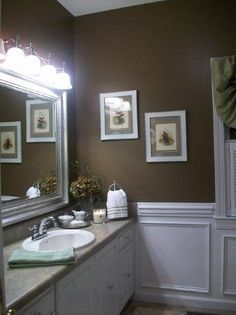 how pretty, chocolate and white bathroom