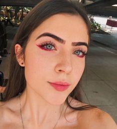 Makeup ideas that are trending right now Edgy Makeup, Makeup Eye Looks, Creative Makeup Looks, Cute Makeup, Pretty Makeup, Makeup Style, Makeup Tips, Beauty Makeup, Hair Makeup