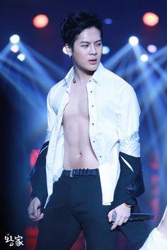 20 Sexy Shirtless Korean Men To Help You Get Through The Day — Koreaboo