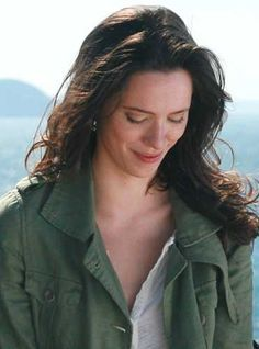 """Rebecca Hall in """"Vicky Cristina Barcelona"""". Vicky Cristina Barcelona, Rebecca Hall, Prince Of Egypt, Female Character Inspiration, Gangsters, Hilary Duff, Classic Outfits, Ladybugs, The Duff"""