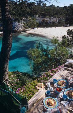 Mallorca - an unforgettable experience. This is seriously one of the best places to do a pick nick Places Around The World, Oh The Places You'll Go, Travel Around The World, Places To Travel, Places To Visit, Around The Worlds, Menorca, Wonderful Places, Beautiful Places