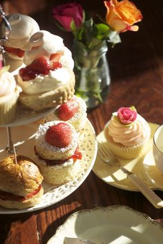 The Hidden Lane Tearoom - beautiful cakes & Vintage Hen Parties is a secluded & pretty setting! Hen Night Ideas, Best Afternoon Tea, Scotland Vacation, Sainsburys, Dee Dee, High Tea, Beautiful Cakes, Party Planning, Tea Time