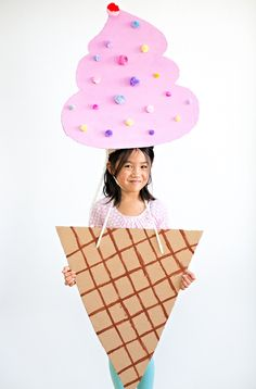 The Cutest Ice Cream Cardboard Costume for Kids. Easy DIY recycled Halloween costume for kids.