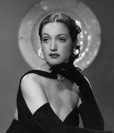 Hollywood Fashion, Hollywood Glamour, Hollywood Stars, Golden Age Of Hollywood, Vintage Hollywood, Classic Hollywood, Mary Astor, Dorothy Lamour, The Golden Years