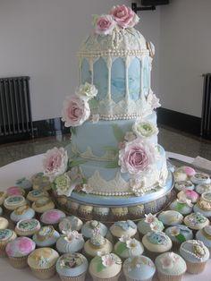 vintage style cakes   Vintage Style Cakes & Cupcakes