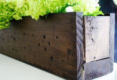 Easy Peasy Rustic Planter Box