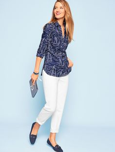 Shop Talbots for modern classic women's styles. You'll be a standout in our The Classic Casual Popover - Waves & Ships - only at Talbots! Office Fashion Women, Over 50 Womens Fashion, Fashion Over 50, Casual Work Outfits, Business Casual Outfits, Classic Outfits, Casual Festival Outfit, Cute Fashion, Fashion Outfits