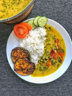 Indian Food Recipes, Vegetarian Recipes, Healthy Recipes, Healthy Cooking, Cooking Recipes, Kulfi Recipe, Food Dishes, Prawn Dishes, Bengali Food