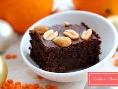 Lisztmentes narancsos-lencsés brownie Diet Recipes, Sweet, Minden, Desserts, Food, Candy, Tailgate Desserts, Deserts, Essen