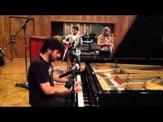 "The Warm Up: Elliott, Rose, da Costa - ""Love Ain't Easy"""