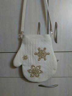 Творю и вытворял. Сумка-рукавичка. #сумки #хендмейд#оригинальнаясумка #сумкикиев #handmade #bags #dagskiev#хобби #handmadebags #fashion #style #bagsart  #рюкзак #дети#подарки#авторскаяработа#ручнаяработа#идеяподарка#рукоделие#творчество#beautiful