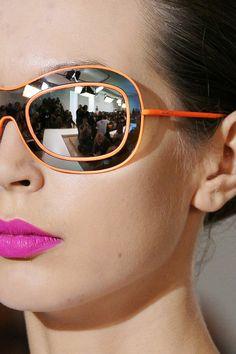 Óculos De Sol, Laranjinha, Óculos Feminino, Óculos Escuros, Aviador, Coisas  Diferentes, Rostos, Simplicidade, Visao, Desfile De Moda, Moda Mulhere,  Óculos ... 122c81966c