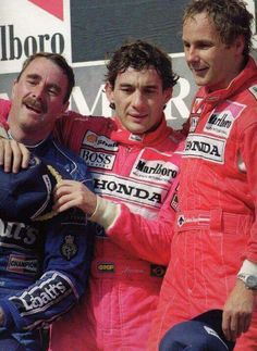 Nigel Mansell, Ayrton Senna & Gerhard Berger exhausted on the podium in Williams Formula 1, Racing F1, Nascar, Gerhard Berger, Jochen Rindt, Nigel Mansell, F1 Drivers, Car And Driver, Grand Prix