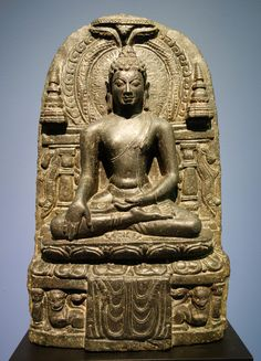 Buddha_Akshobya_stele,_India,_possibly_Bihar,_9th_century_AD,_stone_-_Fitchburg_Art_Museum_