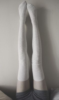 """destined-to-be-skinny: """"This is my ultimate leg thinspo  """""""
