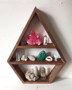 Large diamond shelf made from reclaimed timber. Shelving Design, Shelf Design, Custom Shelving, Small Wood Projects, Diy Pallet Projects, Wooden Shelves, Floating Shelves, Zen Home Decor, Crystal Shelves