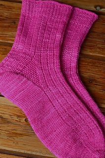 Ravelry: Clematis pattern by Ingrid Hiddessen Knitting Videos, Knitting Stitches, Knitting Patterns Free, Knit Patterns, Free Knitting, Knitting Projects, Knitting Socks, Free Pattern, Knitting Tutorials