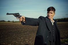 Tune in to BBC 2 to watch the last episode of Peaky Blinders 3! #peakyblinders #peakyblindersseason3 #peakyblindersofficial #cillianmurphy #tommyshelby #filmset #photography #bbc2 #bbc #canon5dmarkiii