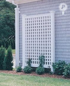 Sucker for a trellis and a pergola, too, please. Pergola Patio, Outdoor Landscaping, Backyard Patio, Outdoor Gardens, Patio Privacy, White Pergola, Diy Patio, Pergola Kits, Pergola Ideas