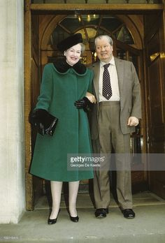 The Earl (1924 - 1992) and Countess Spencer on January 5, 1991.