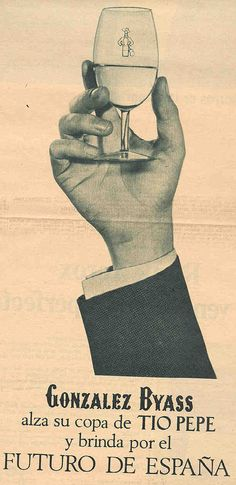 1966: Mano y copa. / 1966: Hand and a glass.