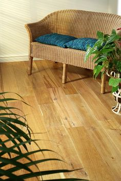 Natura 150mm Solid Oak Oiled Wood Floor has a wonderfully light and welcoming overall tone, offset by the darker, golden brown swirls of the grain pattern. Please note this floor contains boards between 400mm and 1500mm, and we cannot guarantee the distribution between the extremes. A 1.5% tolerance is allowed on size specifications with this product.
