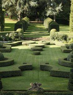 Garden Hedges, Topiary Garden, Garden Landscaping, Topiaries, French Formal Garden, Formal Garden Design, Green Architecture, Landscape Architecture, Landscape Design