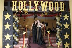 Hollywood (Cinéma) - Absolut-show. Hollywood Cinema, Hollywood Party, Broadway Shows, Banquet Ideas, Theme Parties, Decorations
